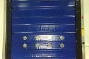 Lắp đặt Cửa cuốn tốc độ cao Maviflex tại nhà máy Đức Việt
