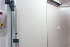 Giới thiệu cửa trượt kho lạnh nhãn hiệu CHILBLOCK